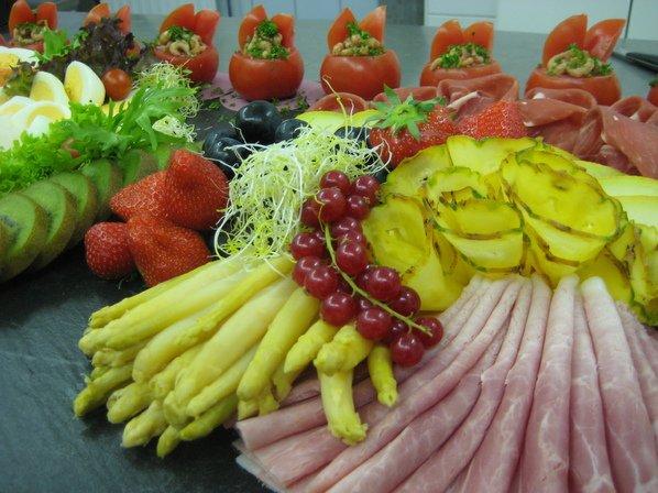 Gemengd feest buffet
